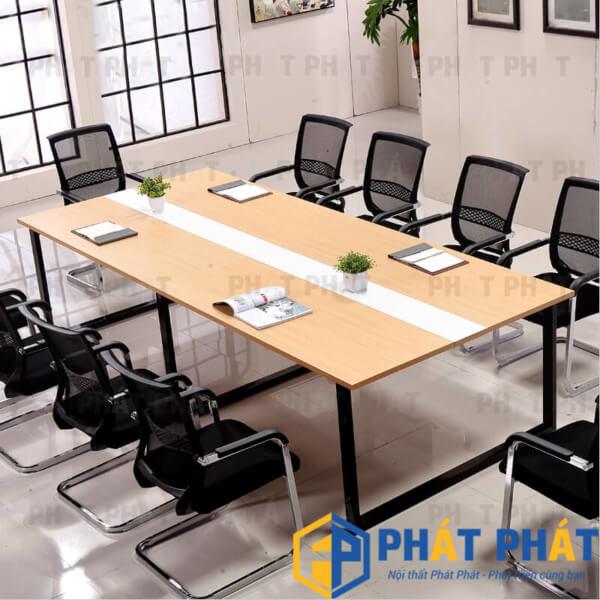 Lý do bàn họp chân sắt phù hợp với văn phòng hiện đại  - 2